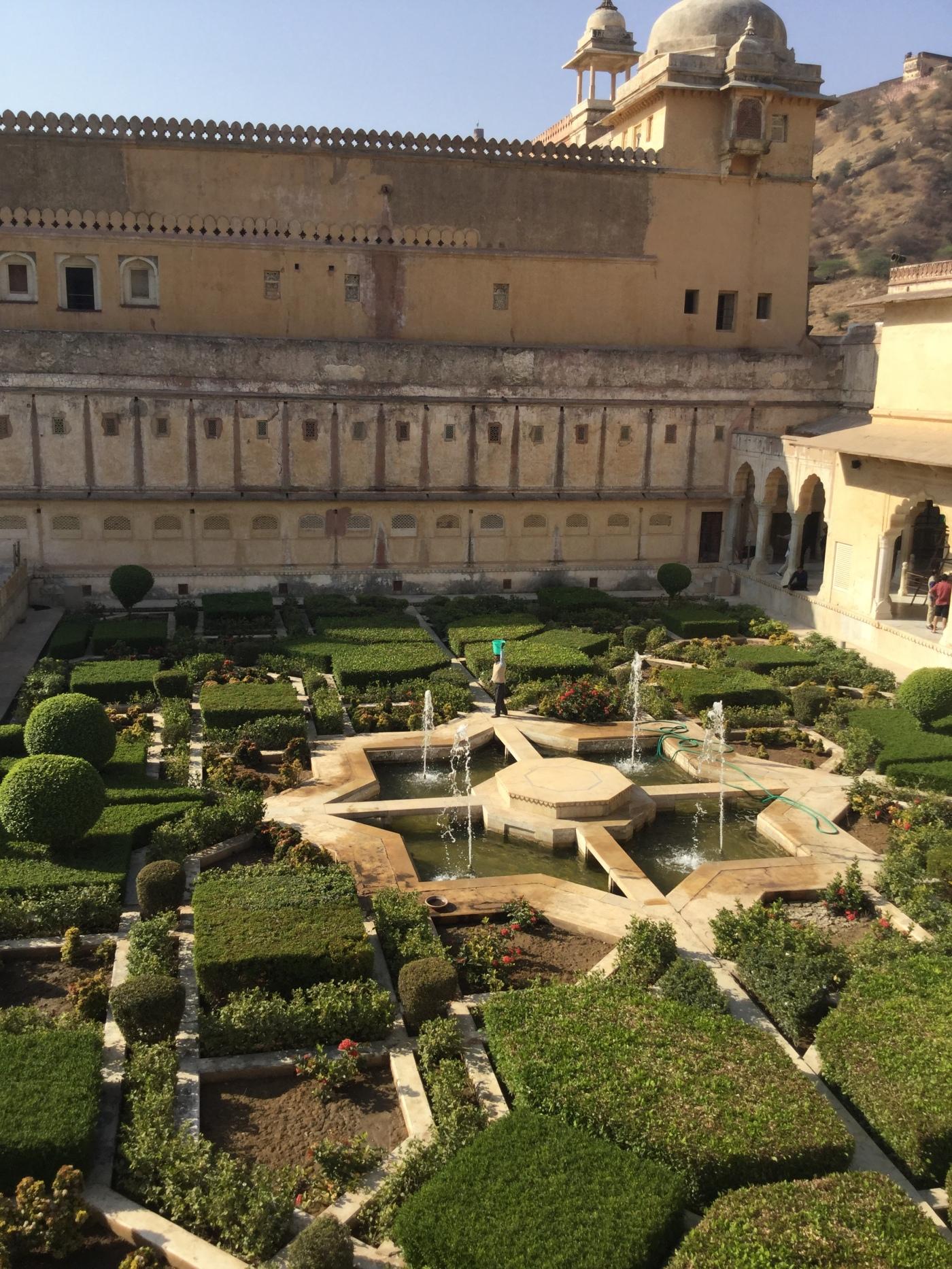 Gardens Amber Fort Jaipur – Twearly Travels